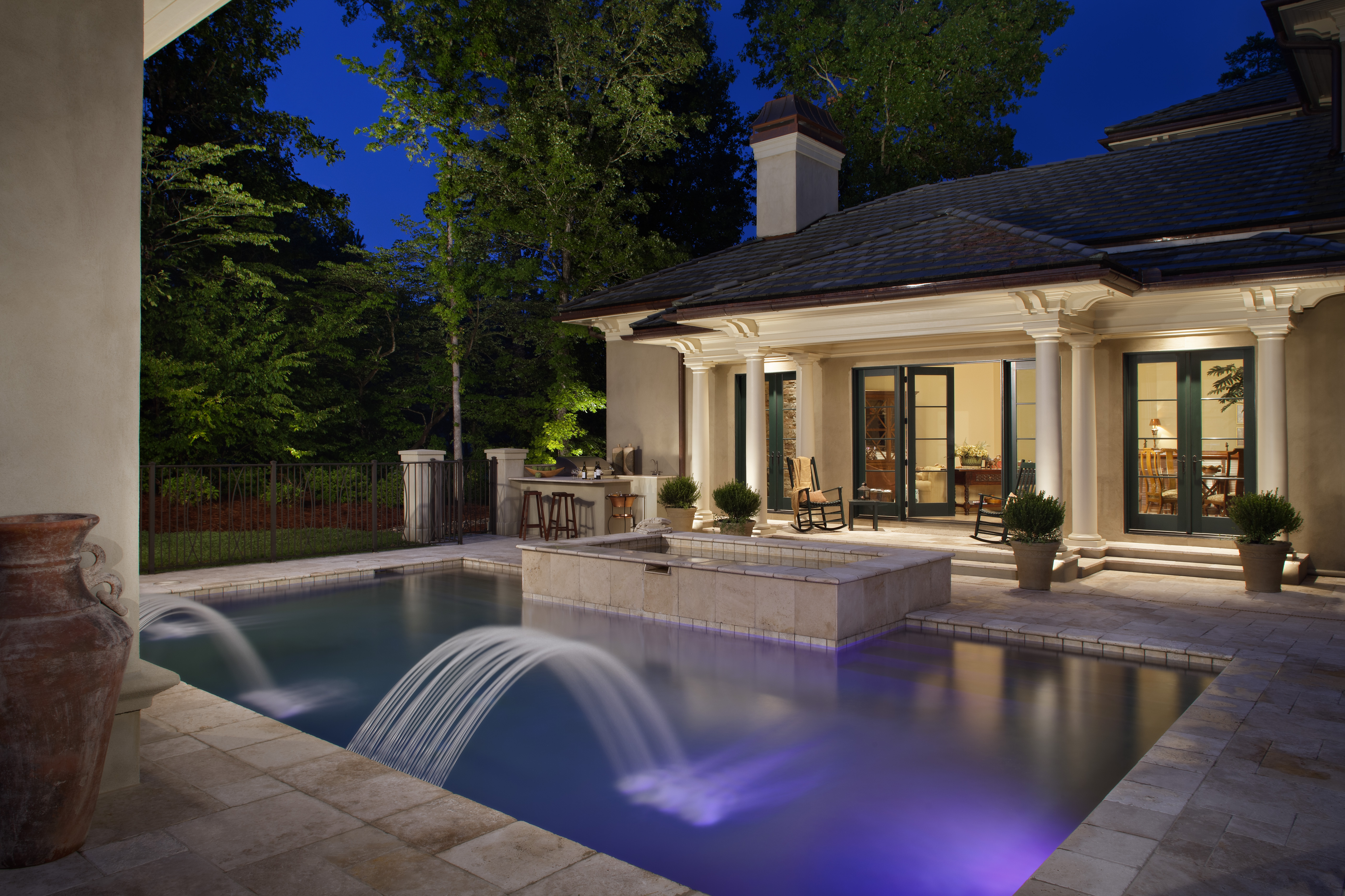 The bb 02 deck light brings big illumination to small for Pool design tampa