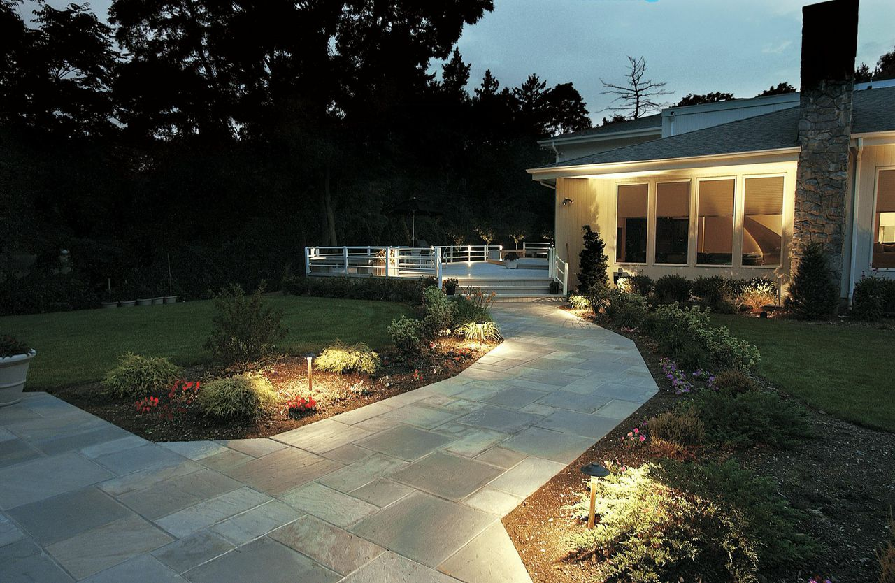 Outdoor Landscape Lighting Professional : Path lighting there is a big difference in the look of high quality