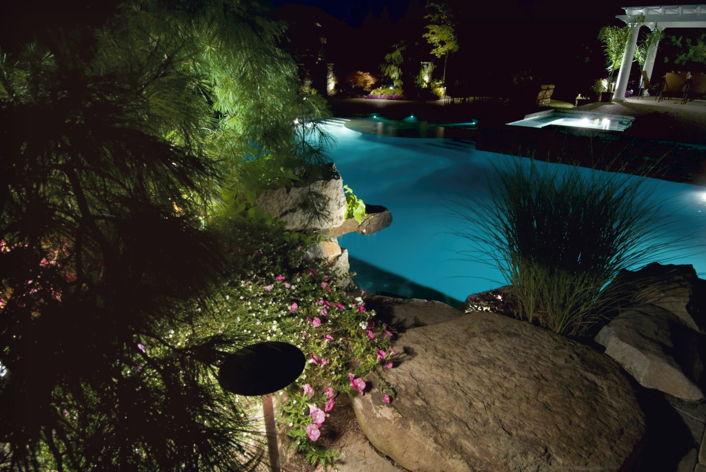 Pool surround lighting using BB-01